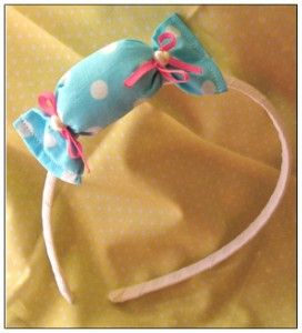 candy headband. I think I should make on of these. Super cute and super easy!