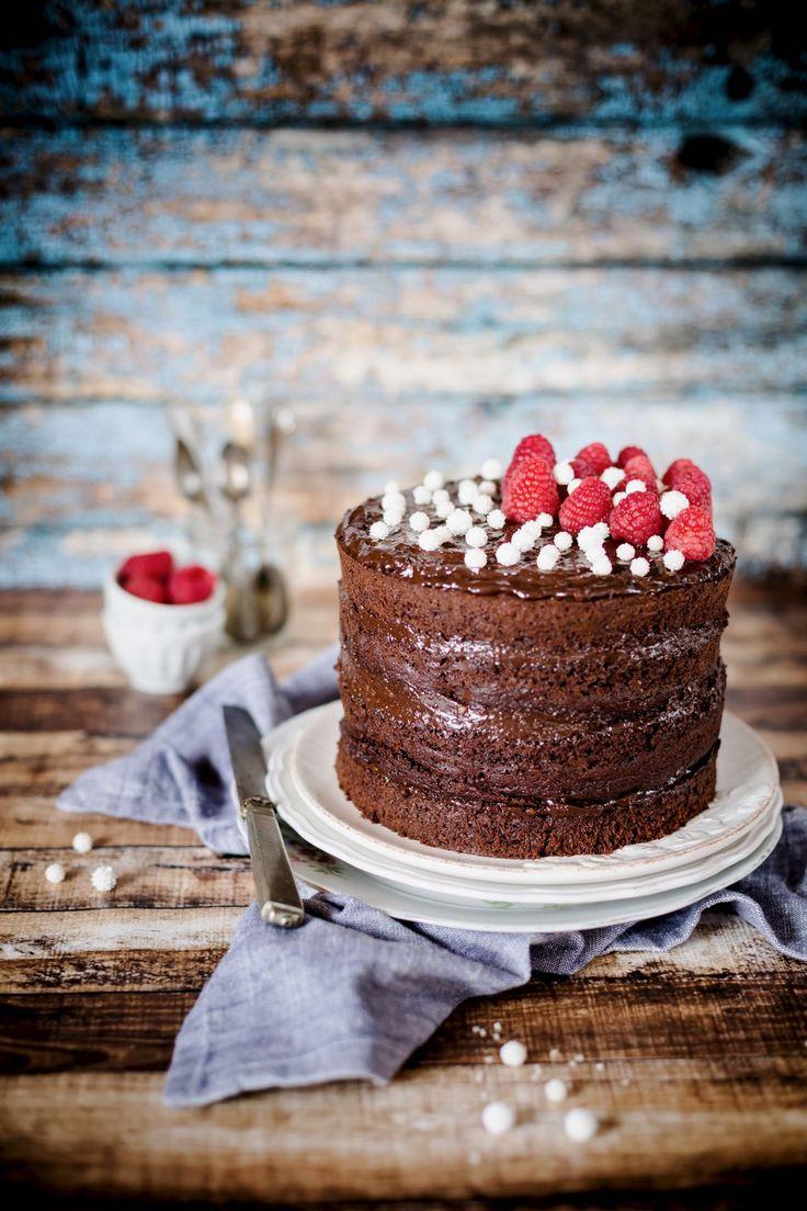 chocolate avocado cake - torta al cioccolato e avocado - vegan chocolate cake - torta al cioccolato - torta al cioccolato vegana - torta al cioccolato e avocado - dessert - ricetta - recipe - food photography - food styling - OPSD blog