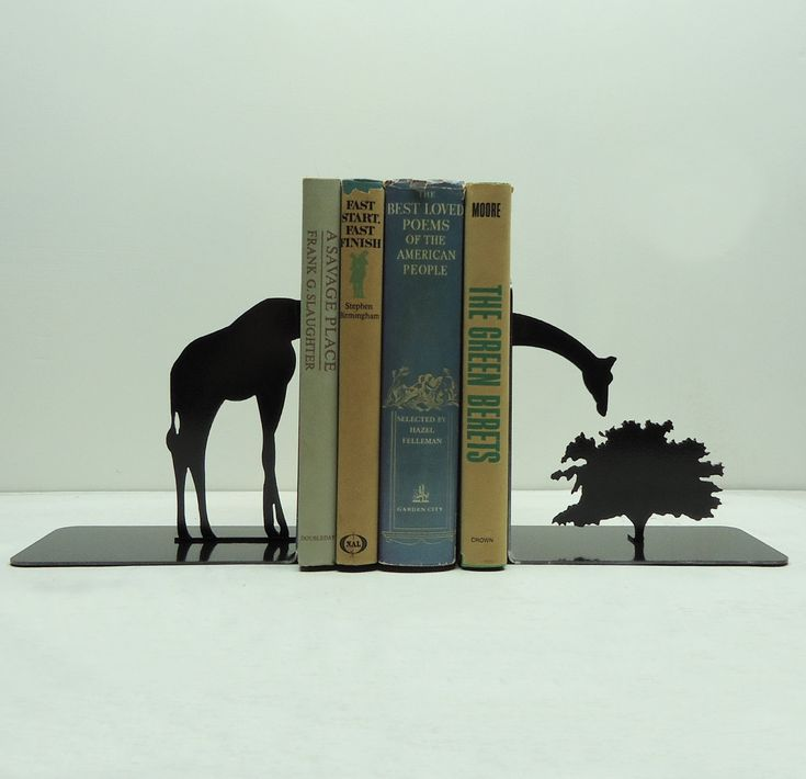 This giraffe thrives on your reading collection. #RandomHouseBooks