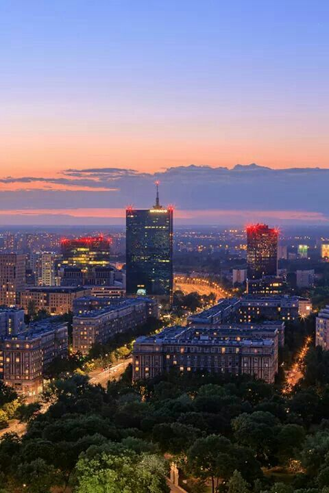 Warsaw / fot. Light At Night