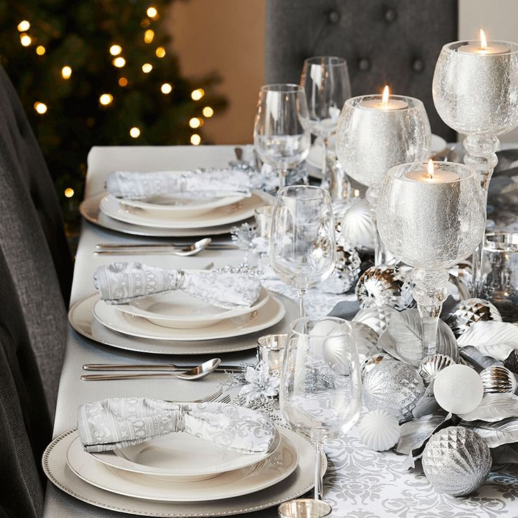 Add some elegant sparkle to your Christmas decor with our Glam look.