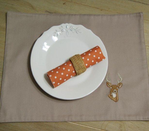 Bu amerikan servisler mutfağınıza ve sofralarınıza renk katacak! http://www.giftomino.com/geyik-desenli-amerikan-servis-2li