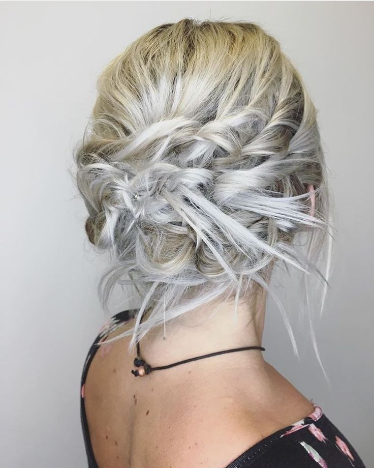 Fun is the perfect word for this #updo. Stylist Ariel seriously knows how to make a girl look good for the night out! #hair#updolove#braids#hairstyle#modernsalon#behindthechair#oribe#randco#oribeobsessed#hairlove#bridesmaidhair#bride#bridalhair#girl#fun#nashville#lwboutiquesalon