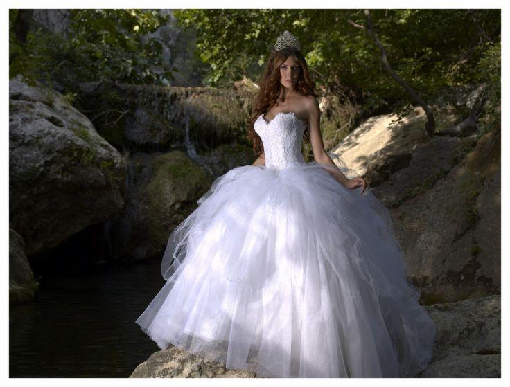 """Résultat de recherche d'images pour """"robe de mariée fée"""""""
