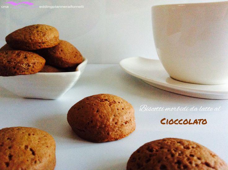 Biscotti morbidi da latte al cioccolato.  La ricetta la trovi qui --->  http://blog.cookaround.com/weddingplanneraifornelli/biscotti-morbidi-al-cioccolato/