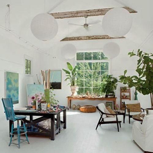 Beautiful and inspiring art studio ideas. One day... Hopefully... Gonna put this on my bucket list just in case :)