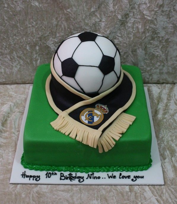 Best Real Madrid Cakes Images On Pinterest Real Madrid Cake - Football cakes for birthdays