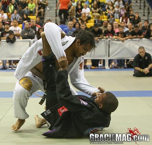 Ben Henderson Arizona Jiu Jitsu Open: Campeón de UFC Campeón en BJJ ~ The Cage, MMA en México