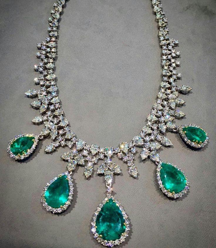 #silneck #emerald #diamond