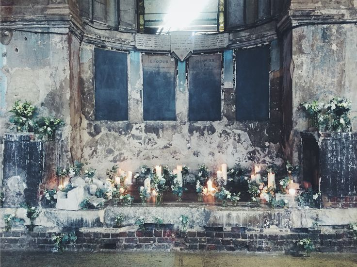Flowers By Jennifer Pinder At The Asylum Chapel In Peckham South London Maverick Projects Grey Blue Teal And White Themed Summer Wedding
