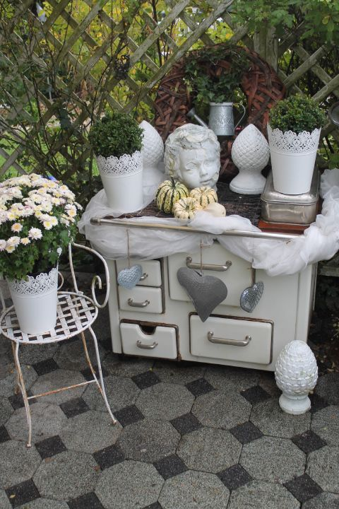 kleine herbstdeko wohnen und garten foto gartendeko pinterest shabby gardens and garten. Black Bedroom Furniture Sets. Home Design Ideas