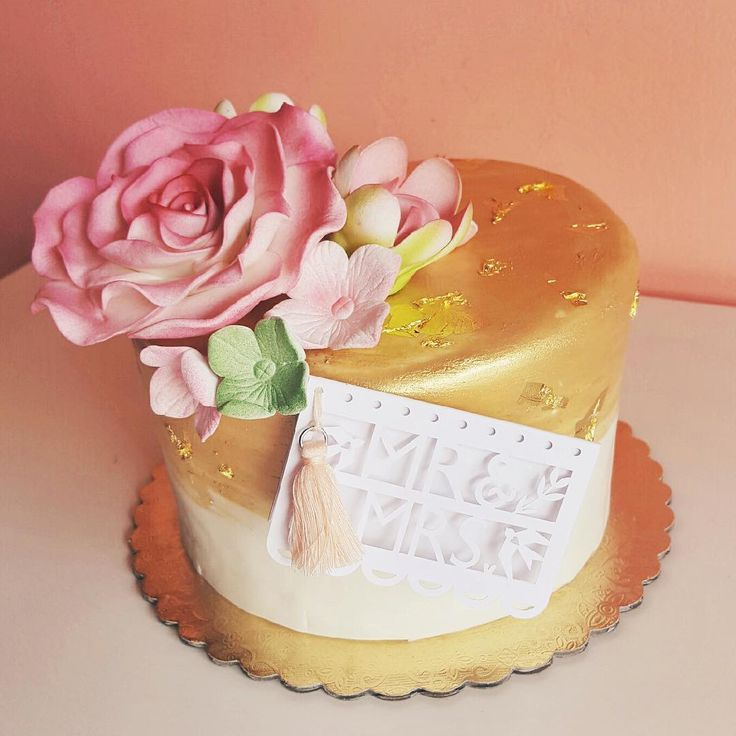 shabby chic bridal shower cakes%0A Blush and gold engagement cake    tartsbakery  customcake  goldleaf