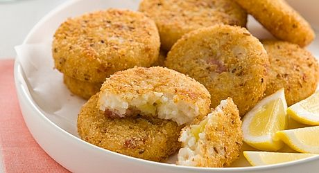 Make and freeze these risotto cakes, defrost fully in the refrigerator and cook as required.