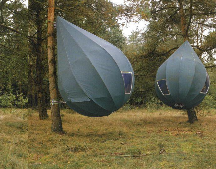 Dutch sculptor Dre Wapenaar's pod like hanging tents