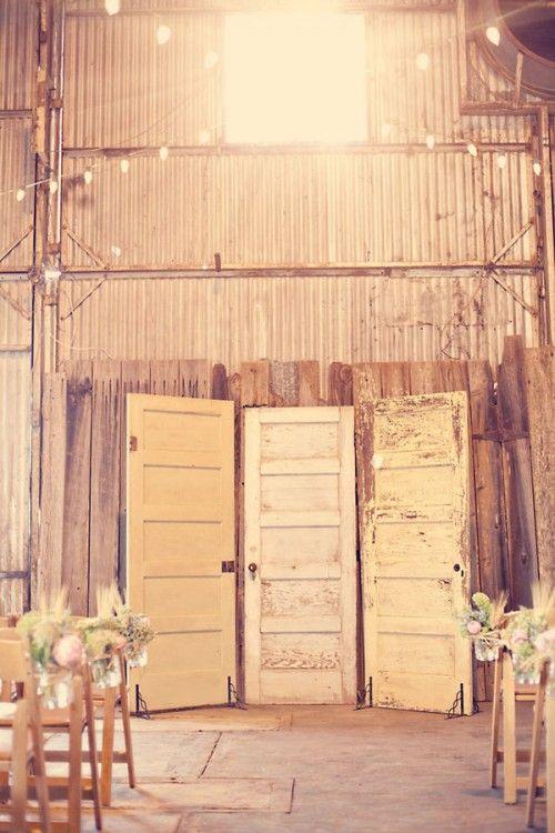 wedding Photos Booths, Ideas, The Doors, Rustic Doors, Ceremonies Backdrops, Photo Booths, Old Doors, Photos Backdrops, Vintage Doors