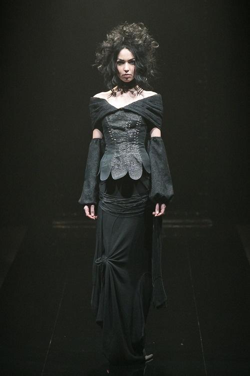 [No.2/55] alice auaa 2013~14秋冬コレクション | Fashionsnap.com