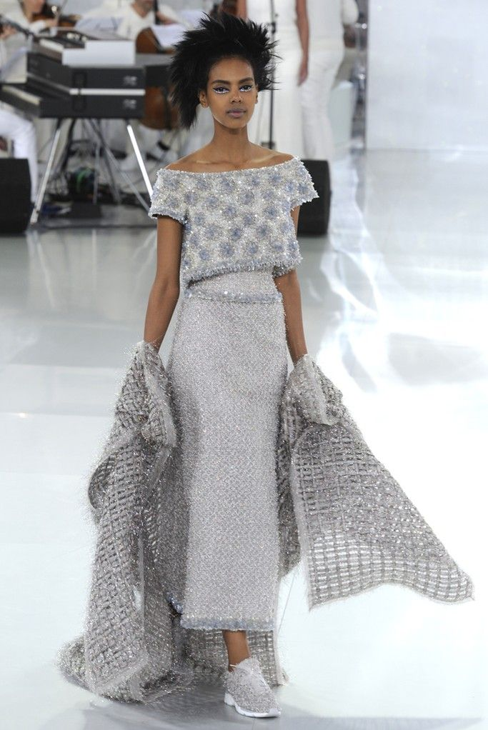 Chanel Couture Spring 2014 [Photo by Giovanni Giannoni]