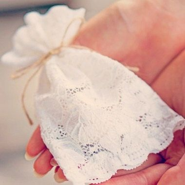Ivory lace wedding favor bags x 8/ rustic wedding