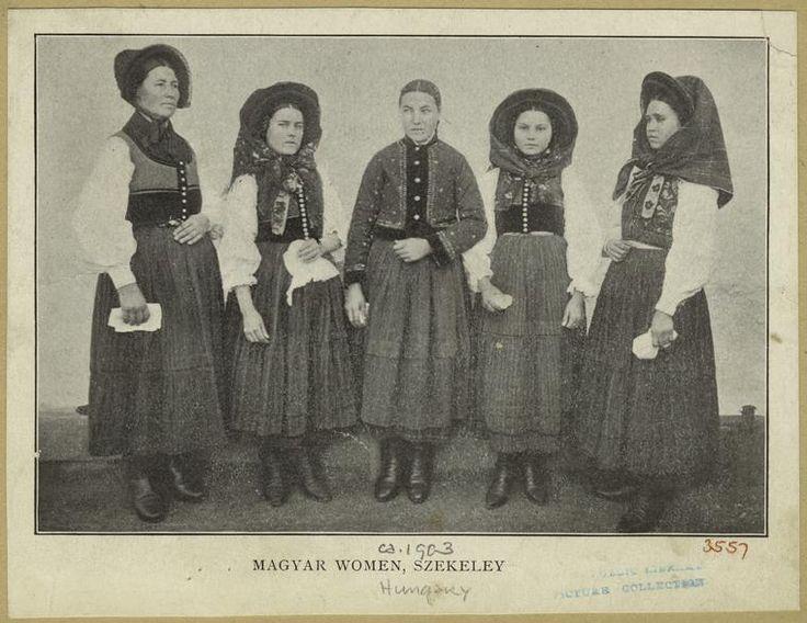 Magyar women, Szekeley (1903)