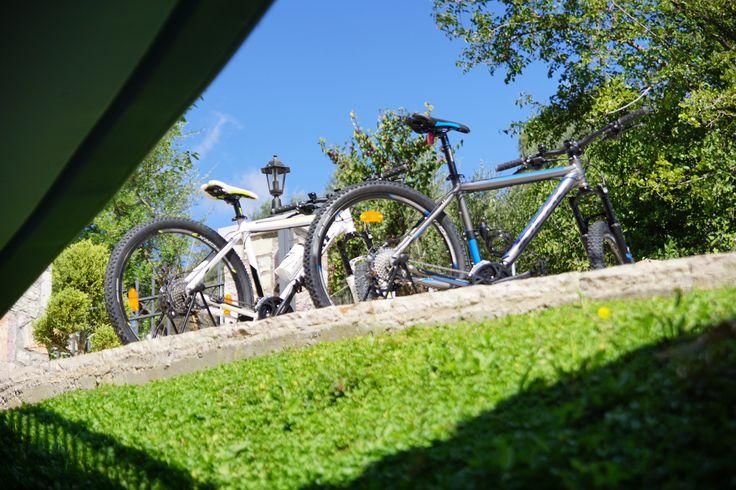 Δωρεάν ποδήλατα, παιδική χαρά, χώρος σταύθμευσης, business center και γήπεδο τέννις είναι μερικές από τις παροχές του Treanto Nafpaktos για να περάσετε ευχάριστα τις διακοπές σας! Γνωρίστε το ξενοδοχείο μας εδώ: http://treantonafpaktos.gr/el/accommodation/hotel #nafpaktos #nature #activities