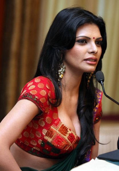 Nude images of indian ladies