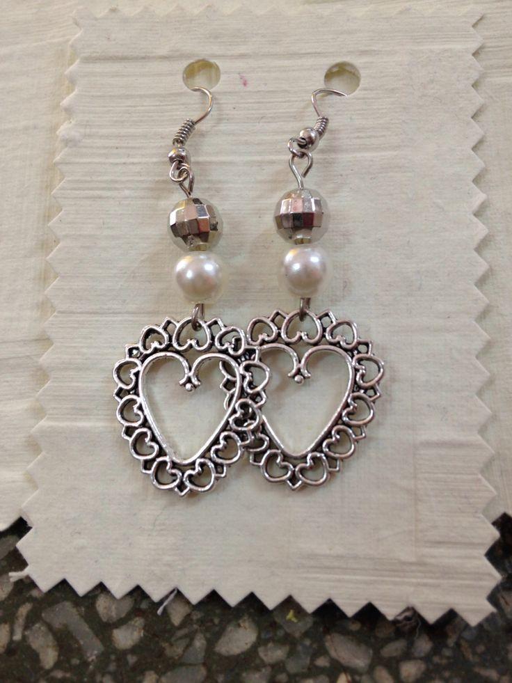 Romantici orecchini handmade