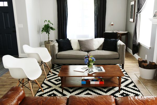 Living Room Makeover A Beautiful Transformation Of A Difficult Living Room Layout On Petite Modern Life Room Makeover Living Room Makeover Livingroom Layout