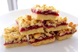 Yummy to look Good to eat, Raspberry oat squares