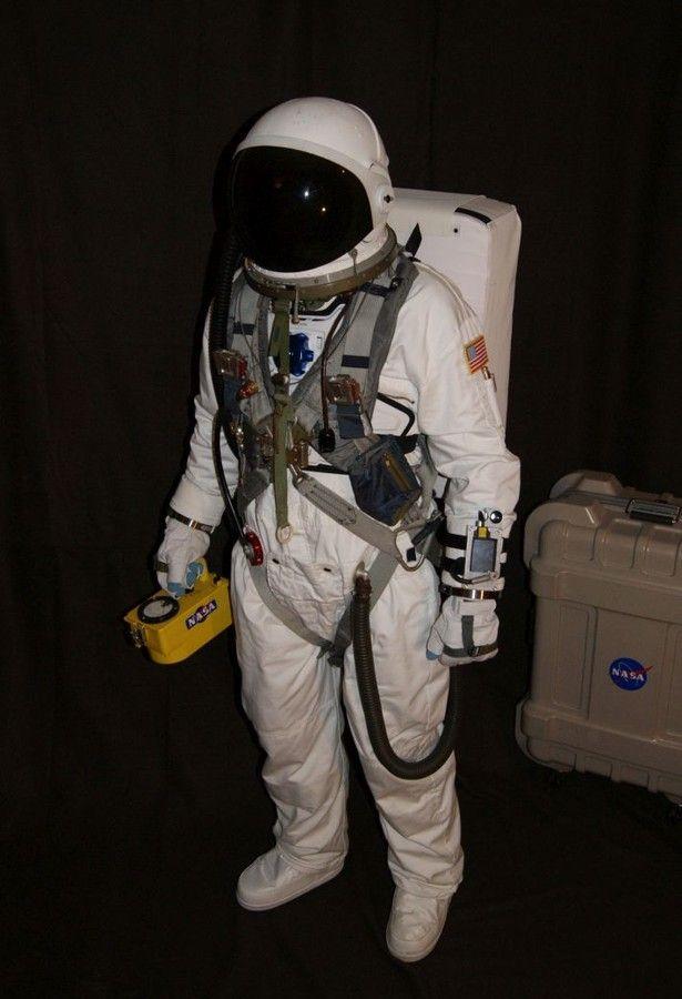 apollo space suit rental - photo #36