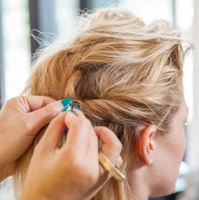 3 beautiful DIY styles to try this week (photos by Julia Stotz)