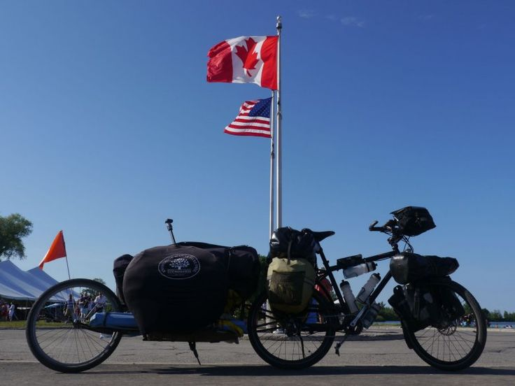 Max at the Canada-US border. Share the Knowledge Tour did the full round-trip of North America and of course also made several media stops in Canada.