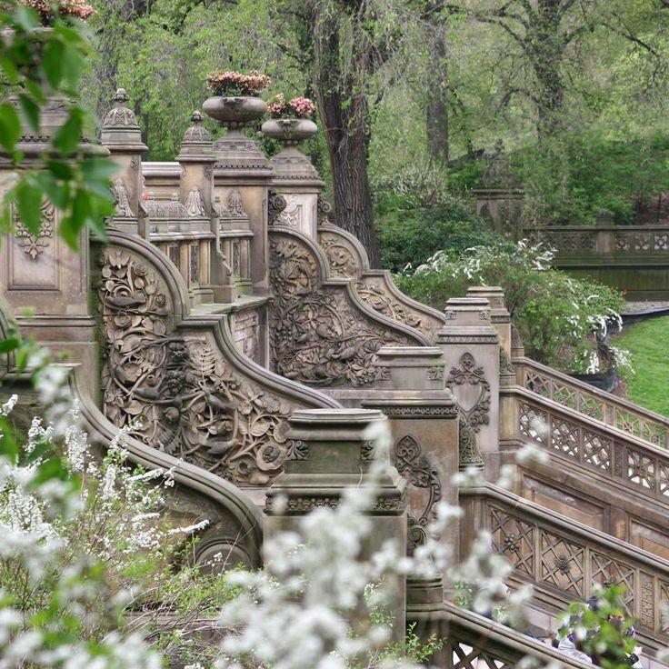Central Park Bethesda Terrace Garden Stairs Central 400 x 300