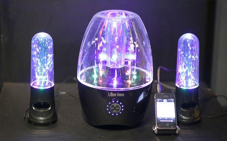 Liquid Sound Speakers Atomic Beats 2.1 Stereo Jet è un sistema audio a 2.1 canali pronto a creare uno spettacolo luminoso con il suono.