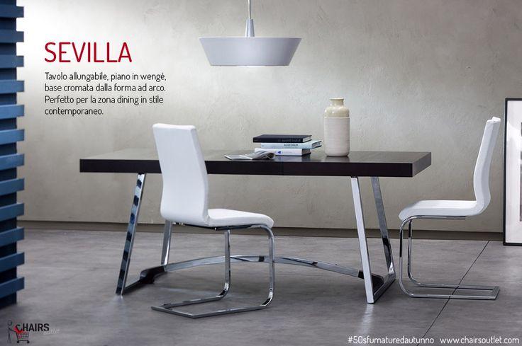 SEVILLA, tavolo allungabile con piano in legno wengè e base cromata a forma d'arco.