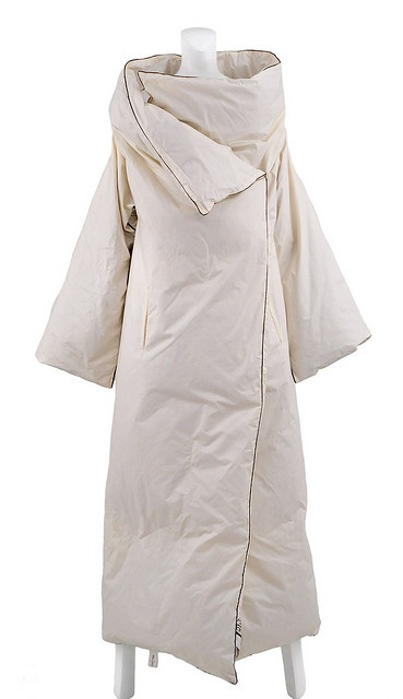 Margiela Duvet Coat 1999-2000 @Tria @Kristen Raimundo This totally reminds me of you kre and your heavy duvet! Where was this when you stole all the sheets? Haha