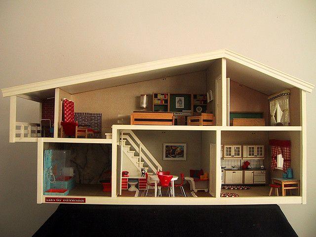 Vintage Lisa dolls house | Flickr - Photo Sharing!