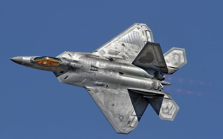 6982938-f-22-raptor-fighter-aircraft