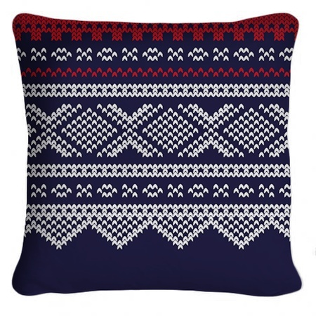 "DIY project: Make your own pillows with the traditional norwegian ""Marius"" pattern"