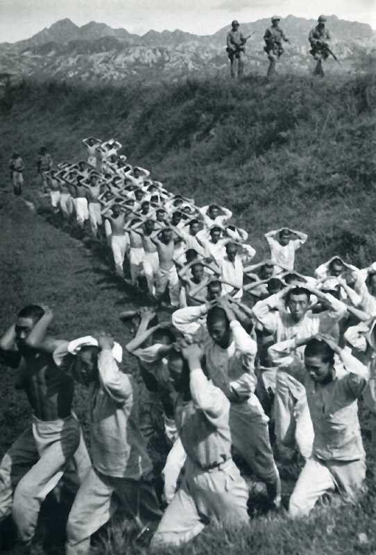information about the korean war The korean war (in south korean hangul: 한국전쟁 hanja: 韓國戰爭 rr: hanguk jeonjaeng, korean war in north korean chosŏn'gŭl: 조국해방전쟁 hancha: 祖國解放戰爭.