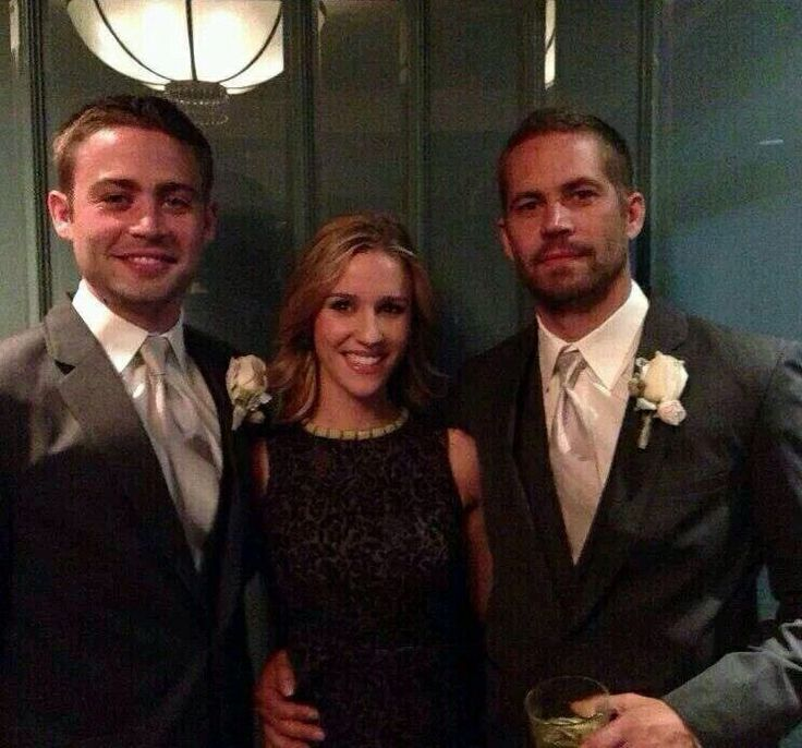 Cody Walker and Paul Walker at their brother Caleb's wedding.  They look so much alike.