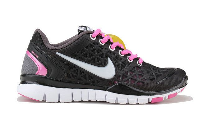 c080b4f1604dd Chaussures Nike Free TR Fit Femme ID 0031  Chaussures Modele M00864  -  €61.99