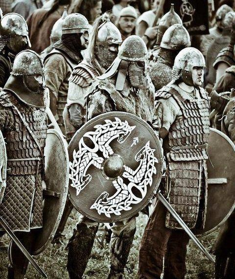Warriors on their way to the final battle? If so, warriors from the Rebellion, the Eastern Army, the Western Army, or the Army of Daerdan?