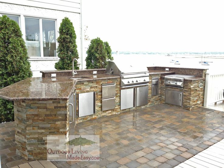 Twin Eagles Outdoor Kitchen With 70 000 But Power Burner