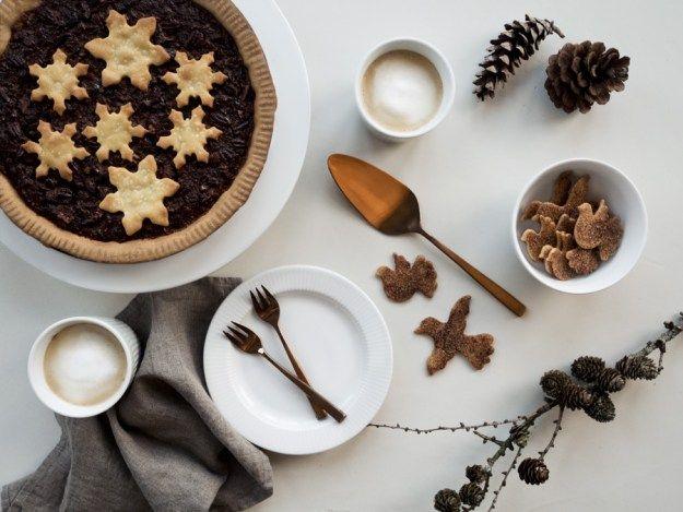 Chocolate Pecan Pie - Copenhagen Cakes