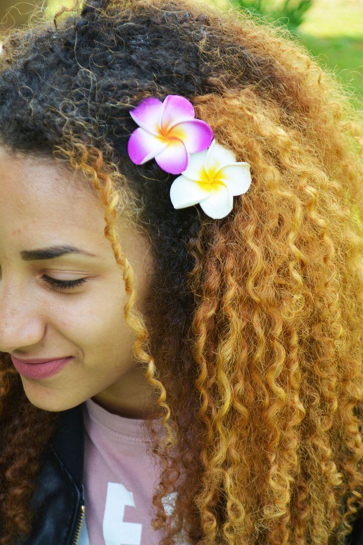 Rubber Flower Hair Clip Frangipani Hair Pin Foam Plumeria Hair Pin Hair Ornament Tiki Hair Flower Hawaiian Flower Hair Pin Beach Wedding di EdoCollection su Etsy