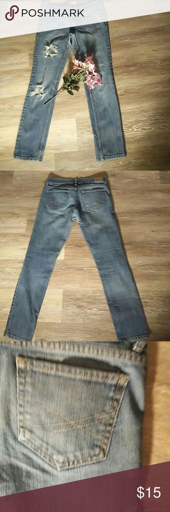 Aeropostale Bayla skinny jeans Aeropostale destroyed Bayla skinny jeans; good condition; inseam is 27 inches Aeropostale Jeans Skinny