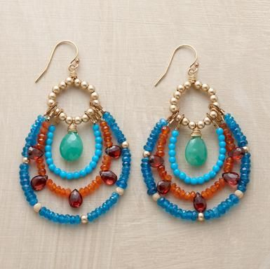 Love these earrings! They look pretty simple to make, too.                                                                                                                                                      Mais