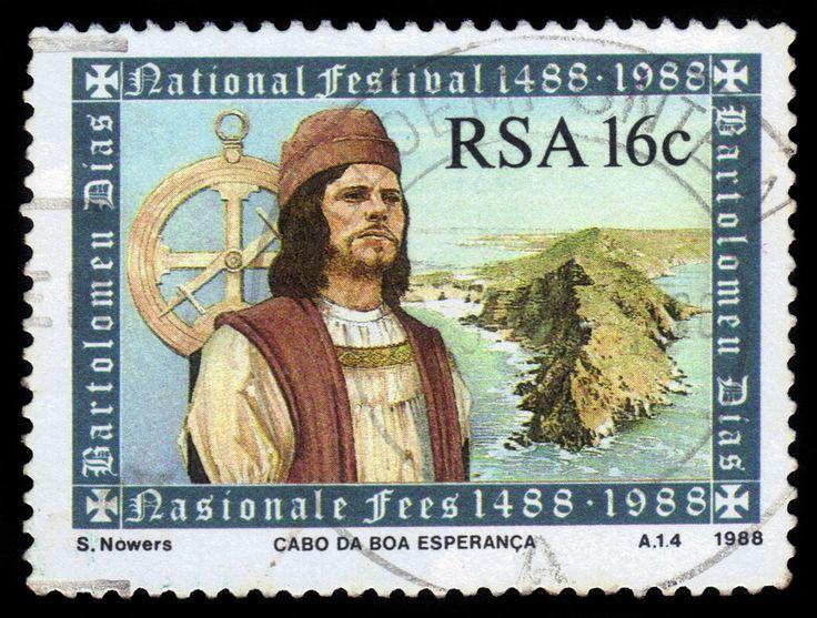 """Bartolomeu Dias is een Portugese ontdekkingsreizigers. Hij is bekend geworden om zijn reizen langs de kust van Afrika. Dias komt aan bij """"Kaap de Goede Hoop"""" (Zuid-Afrika). Hij leefde ongeveer van 1450 tot 1500"""