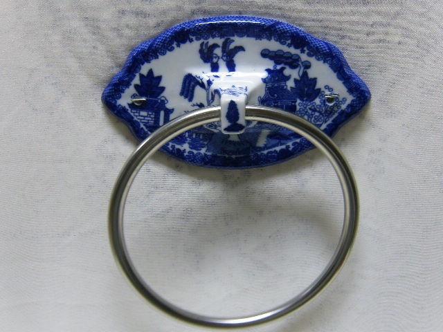 White Blue Willow Bath Hand Towel Ring Hanger Holder Asian Oriental Pagoda | eBay