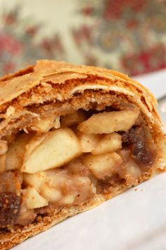 """Authentic Austrian Apple Strudel (""""Apfelstrudel"""") Recipe ~ If you're craving something scrumptious and sweet, try this recipe! It's easier than you think!"""